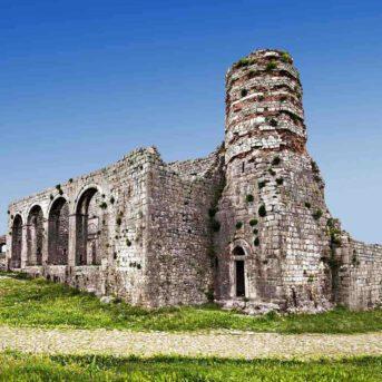 Rozafa Castle, Soggiorni Anek in Albania