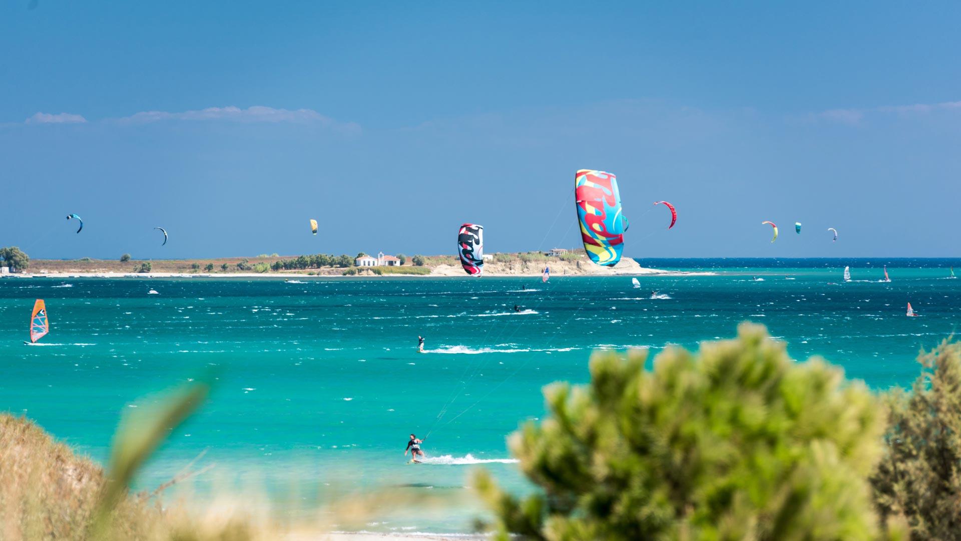 Keros Beach, Windsurf e Kitesurf