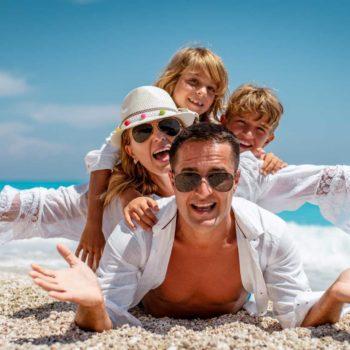 Famiglia in vacanza, Ipsos Nave e Soggiorno