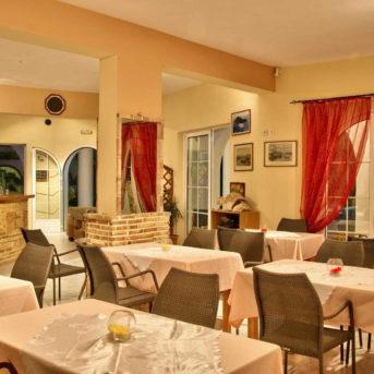 Sala colazione, Kyprianos appartamenti Zante