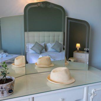 Specchio camera, Pantheon Hotel Zante