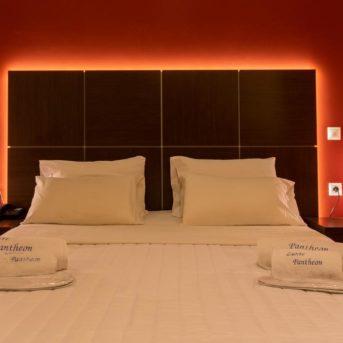 Letto, Pantheon Hotel Zante