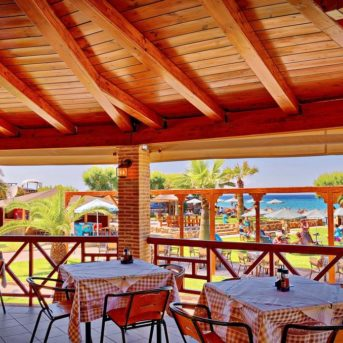Tavoli esterni, Plaka beach Hotel Zante