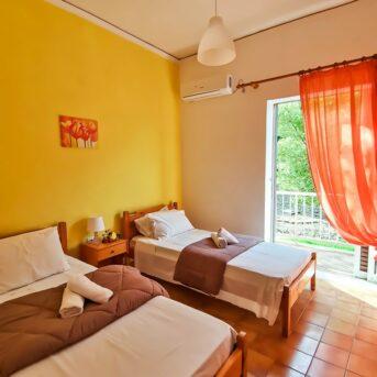 Ilias Appartamenti, Dassia, Corfù